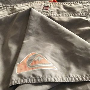 QuickSilver Board Shorts Size 33